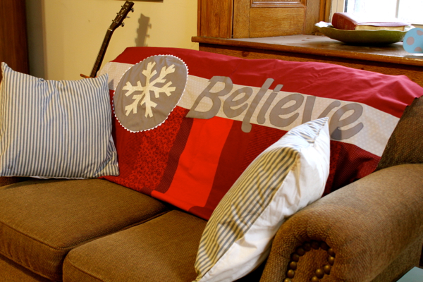 Believe Quilt - The Little Red Button - http://27thandolive.com